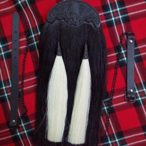 BLACK HORSE HAIR KILT SPORRAN WITH TWO WHITE TASSELS